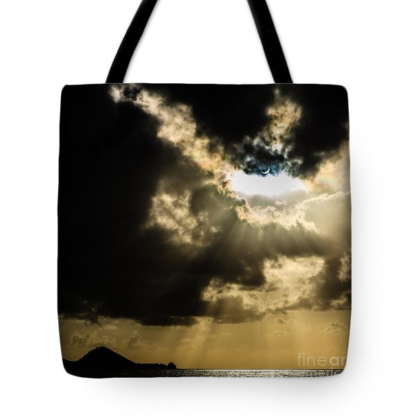 Total Solar Eclipse Breakthrough Tote Bag by Peta Thames