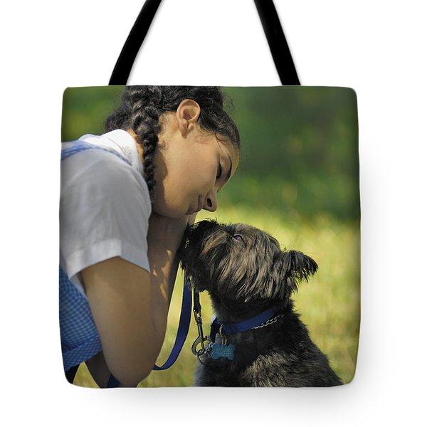 Toto This Isn't Kansas Anymore Tote Bag