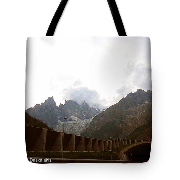 Tounel Tote Bag