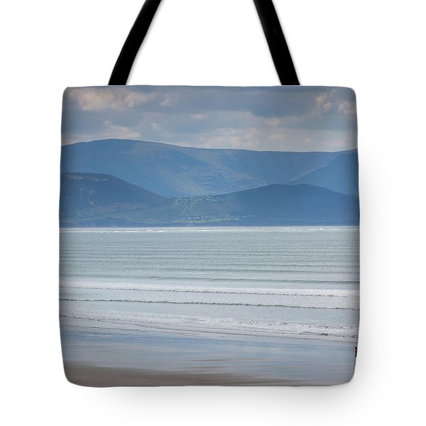 Tourists On The Beach, Inch Strand Tote Bag