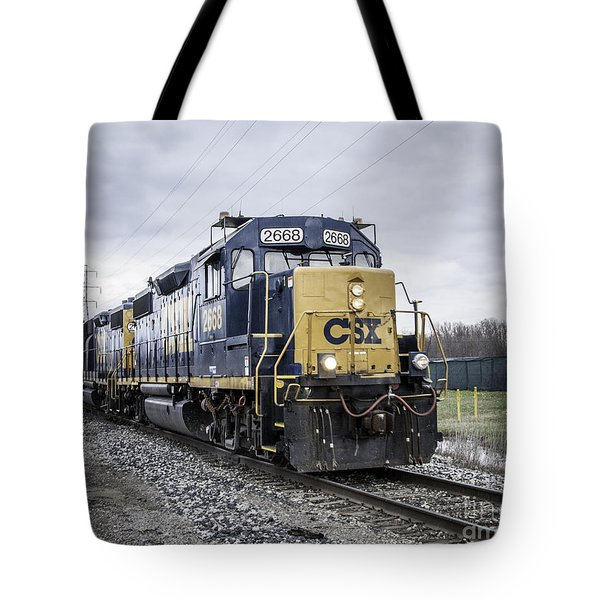 Train Engine 2668 Tote Bag