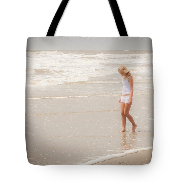 Tote Bag featuring the photograph Tranquility by Sennie Pierson