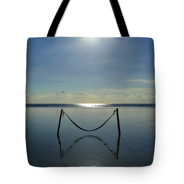 Tres Luces Tote Bag
