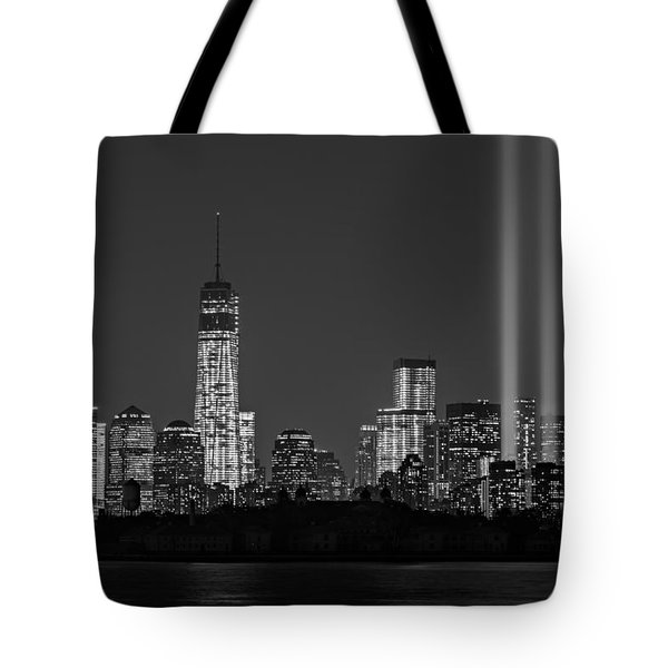 Tribute In Light 2013 Bw Tote Bag