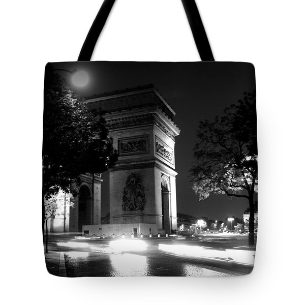 Tote Bag featuring the photograph Triumph by Lisa Parrish