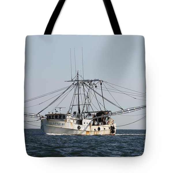 Tote Bag featuring the photograph Troller To Port by John Telfer