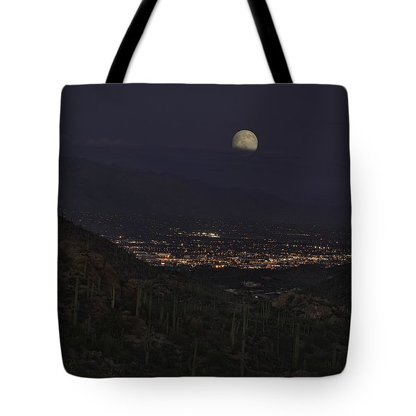 Tote Bag featuring the photograph Tucson At Dusk by Lynn Geoffroy