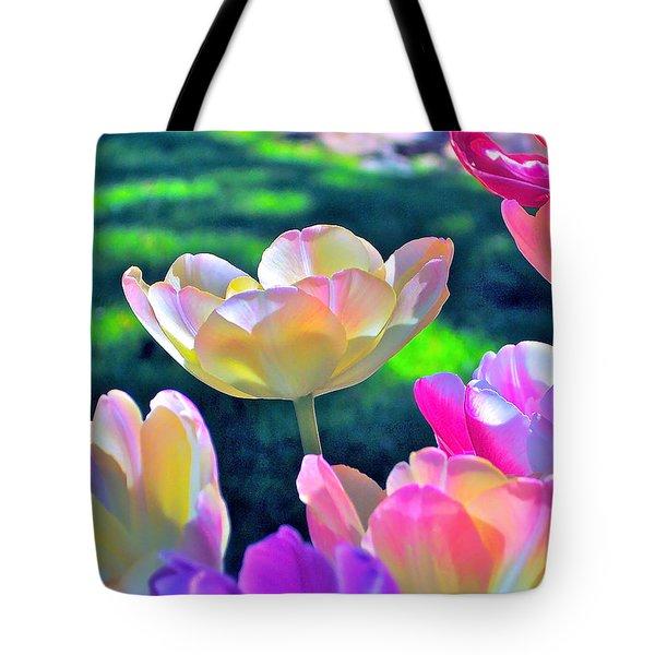 Tulip 21 Tote Bag