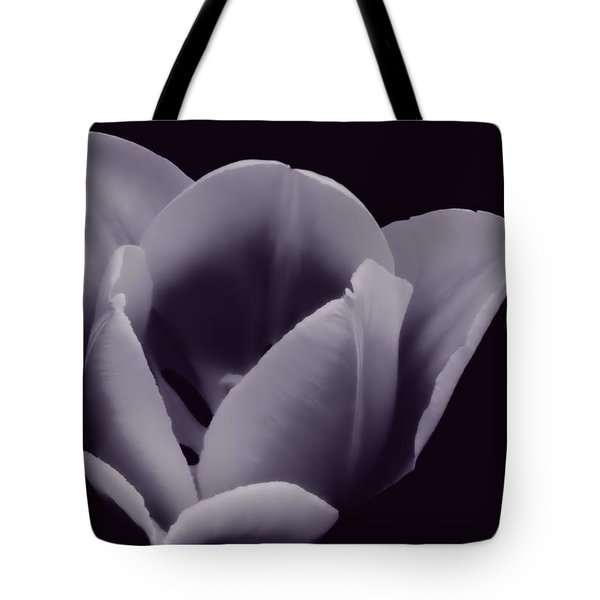 Tulip In Black And White Tote Bag