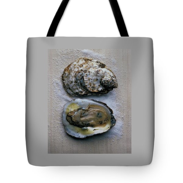 Two Oysters Tote Bag