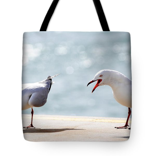 Tote Bag featuring the photograph Two Seagulls by Yew Kwang