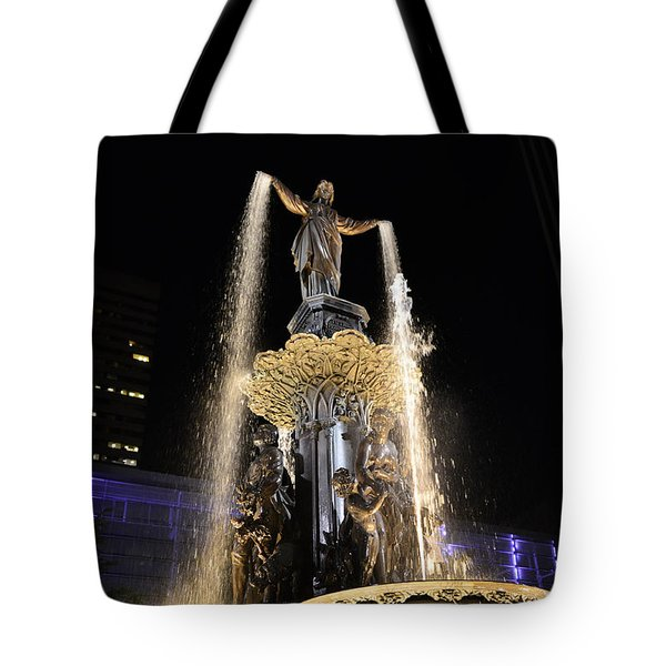 Fx9u-1250 Tyler Davidson Fountain Photo Tote Bag