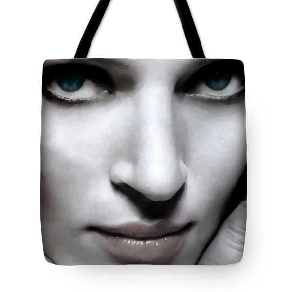 Uma Thurman Tote Bag
