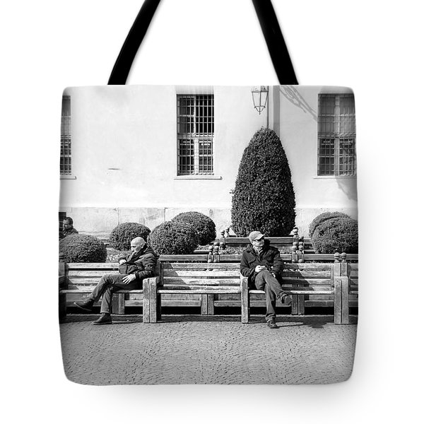 Unchallanged Tote Bag by Valentino Visentini