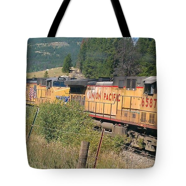 Tote Bag featuring the photograph Union Pacific 6587 by Fortunate Findings Shirley Dickerson