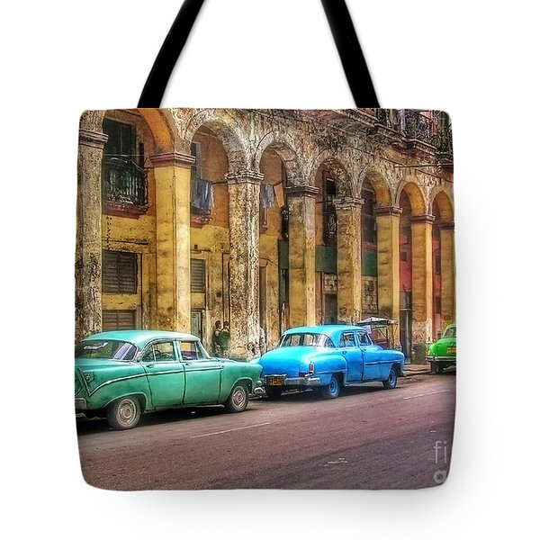 United Colors Of Coches Habaneros Tote Bag