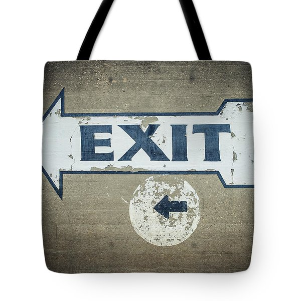 Usa, Mississippi, Exit Sign In Great Tote Bag by Dosfotos