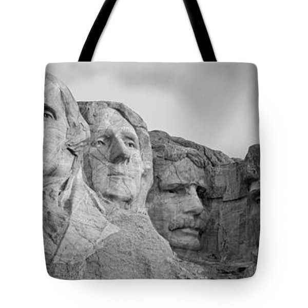 Usa, South Dakota, Mount Rushmore, Low Tote Bag by Panoramic Images