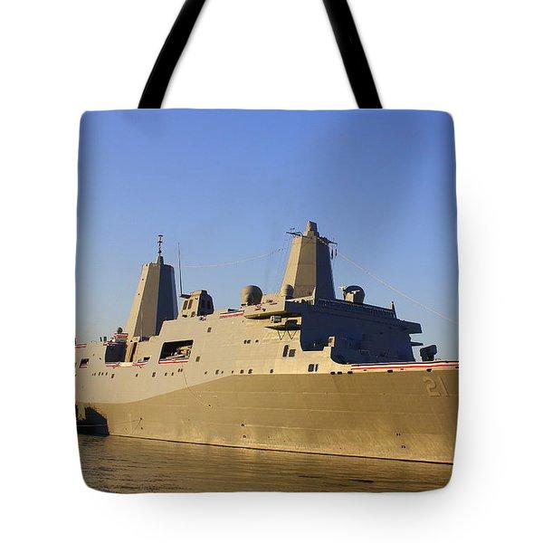 Uss New York - Lpd21 Tote Bag