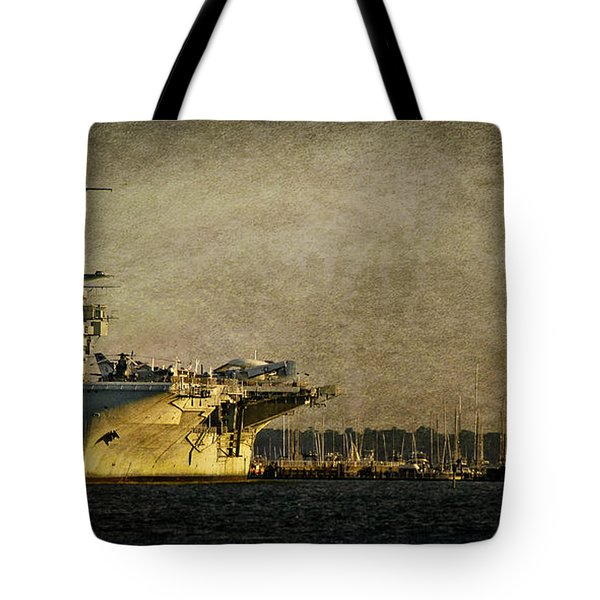 Uss Yorktown Cv10 Tote Bag