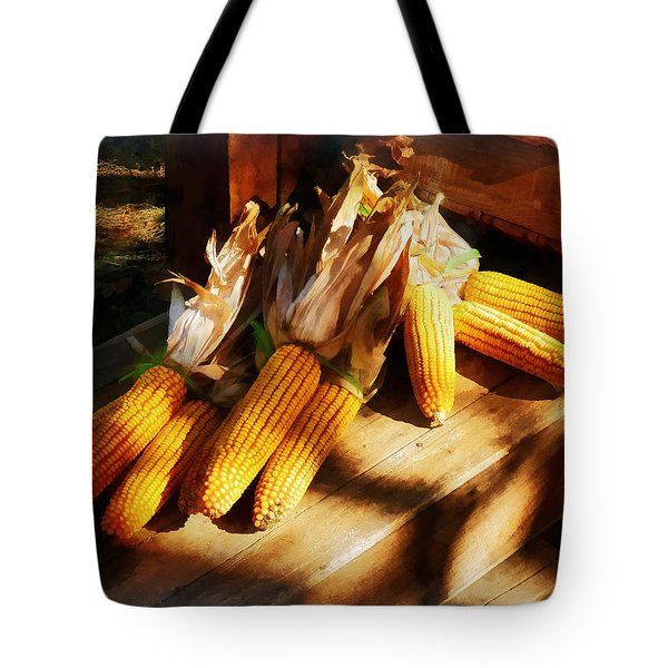 Vegetable - Corn On The Cob At Outdoor Market Tote Bag by Susan Savad