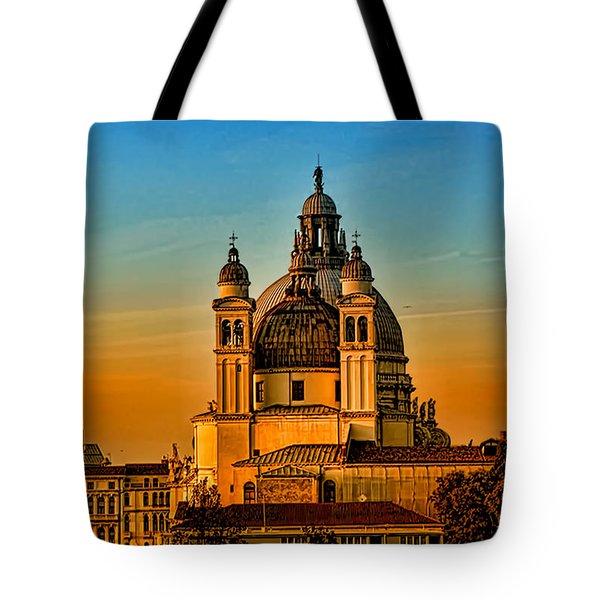 Venezia-basilica Of Santa Maria Della Salute Tote Bag by Tom Prendergast