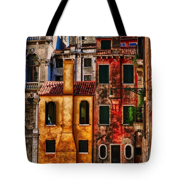 Tote Bag featuring the photograph Venice Homes by Jerry Fornarotto