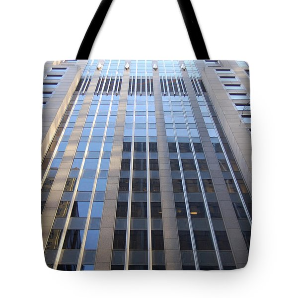 Vertical Chicago By Jammer Tote Bag