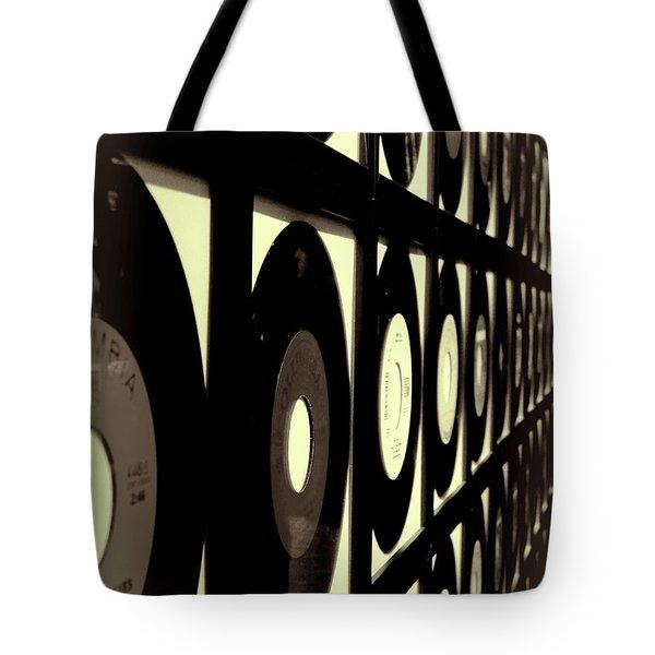 Vintage Johnny Cash Records In Nashville Tote Bag