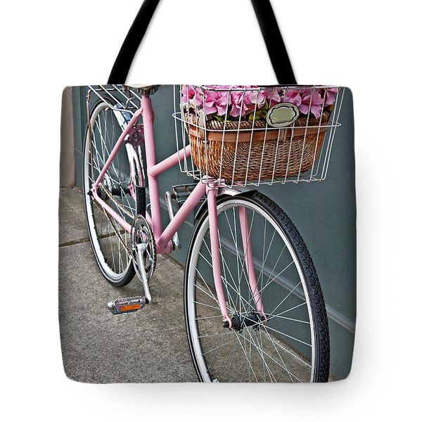 Vintage Pink Bicycle With Pink Flowers Art Prints Tote Bag