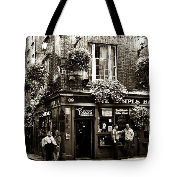 Vintage Temple Bar Tote Bag by John Rizzuto