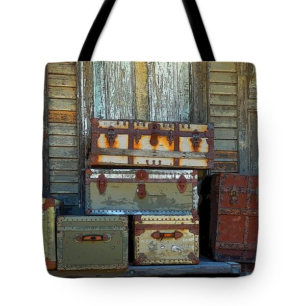 Vintage Trunks   Sold Tote Bag