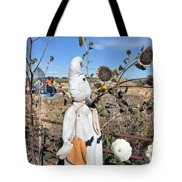 Tote Bag featuring the photograph Waiting For Darkness by Minnie Lippiatt