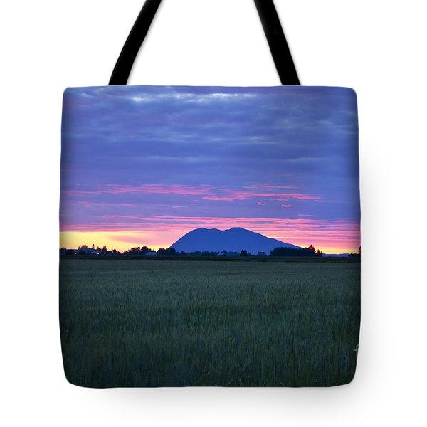 Washington Sunset On The Mountain Tote Bag by Maria Janicki