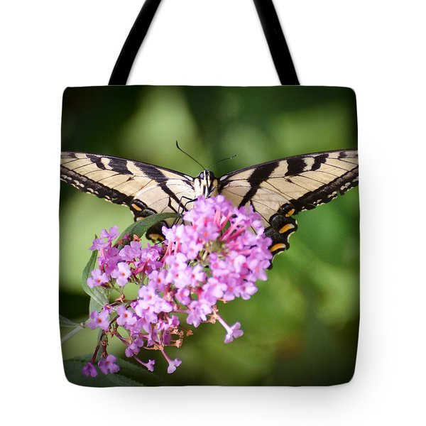 Tote Bag featuring the photograph Watching by Kerri Farley
