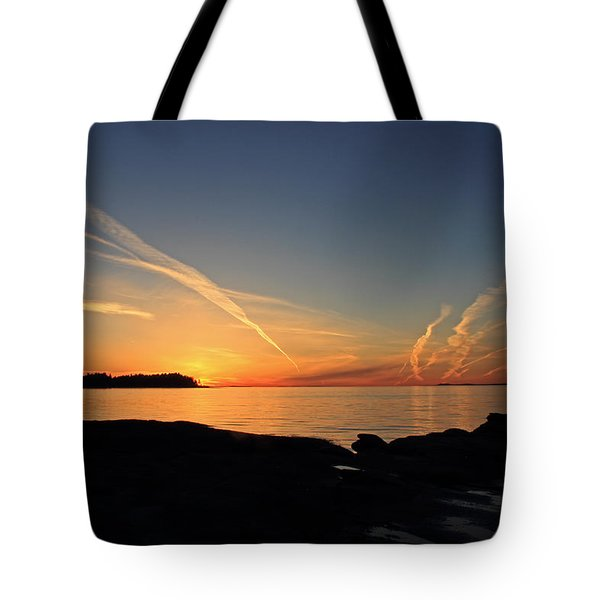 Watching The Sun Go Down Tote Bag by Randy Hall
