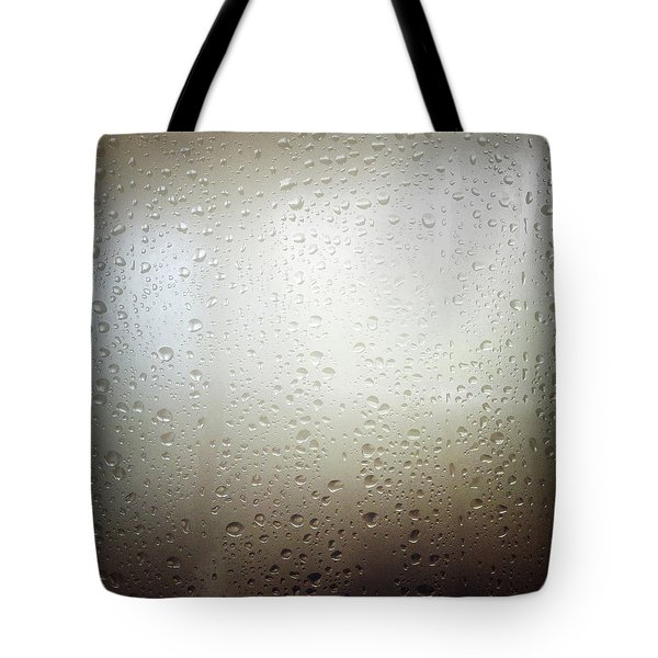 Water Drops Tote Bag by Les Cunliffe