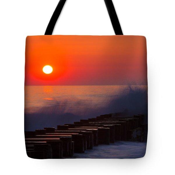 Breaking Wave At Sunrise Tote Bag