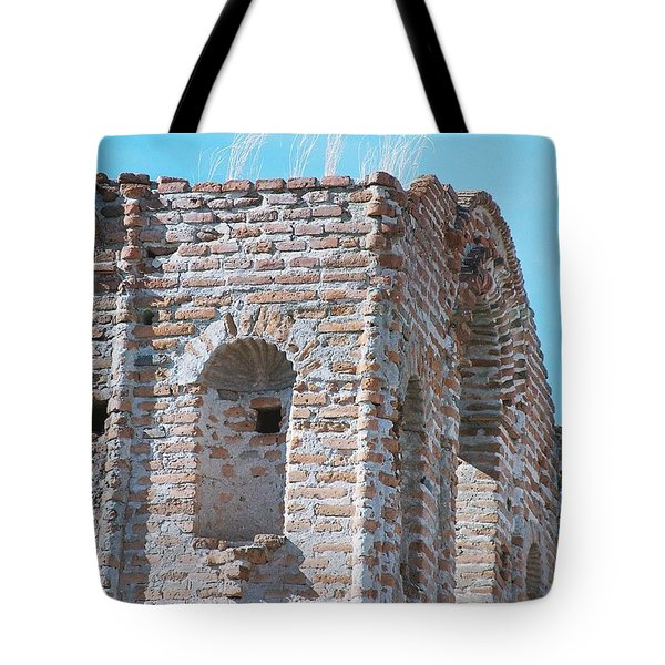 Tote Bag featuring the photograph Waving To The Sky by Kerri Mortenson
