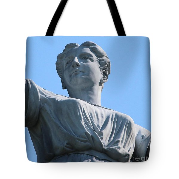 Tote Bag featuring the photograph Waynesburg University Statue by Cynthia Snyder