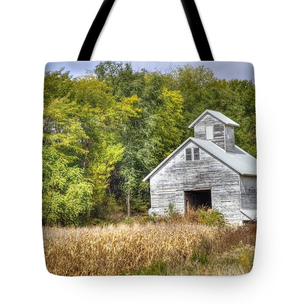 Weathered Barn Tote Bag