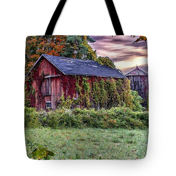 Weathered Connecticut Barn Tote Bag