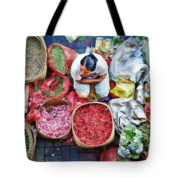 Tote Bag featuring the photograph Wet Market In Ubud by Yew Kwang