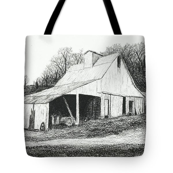 White Barn On Bluff Road Tote Bag