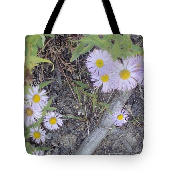 Tote Bag featuring the photograph White In The Wild by Fortunate Findings Shirley Dickerson