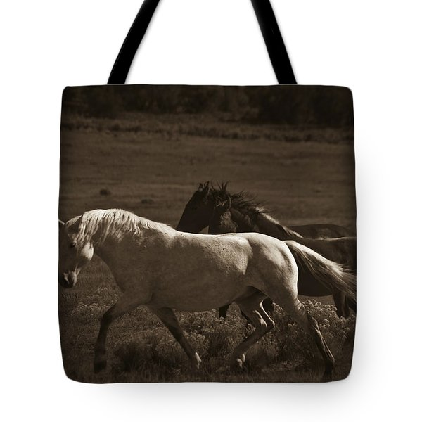 Wild Mustangs Of New Mexico 10 Tote Bag