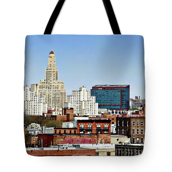 Williamsburg Savings Bank In Downtown Brooklyn Ny Tote Bag
