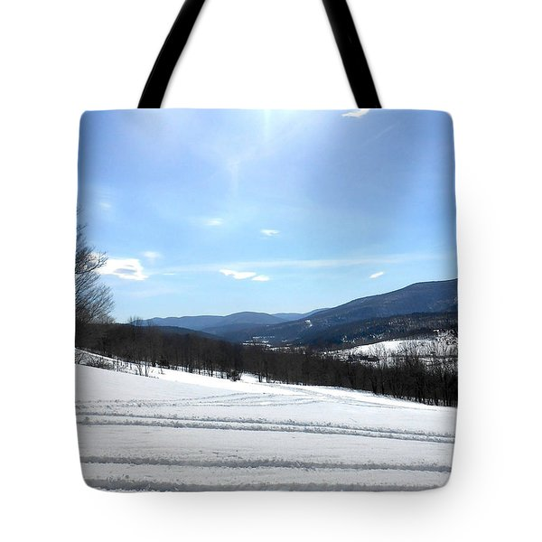 Winter Mountain Views Of Vly And Hunter Tote Bag by Patricia Keller