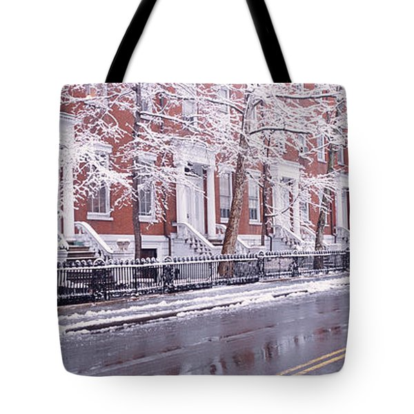 Winter, Snow In Washington Square, Nyc Tote Bag