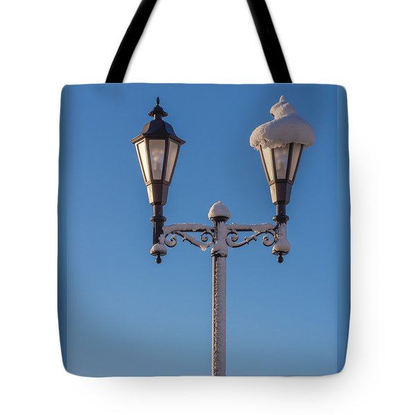Wintry Lamp Post Tote Bag
